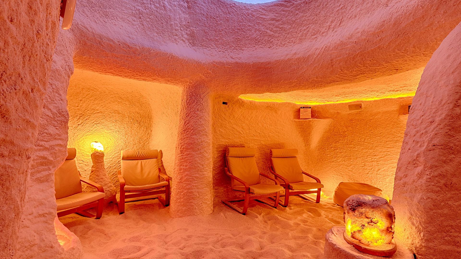 Сауна и соляная пещера